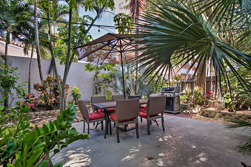 Unwind in this lush shared backyard at this 1-bed, 1-bath Pompano Beach abode!