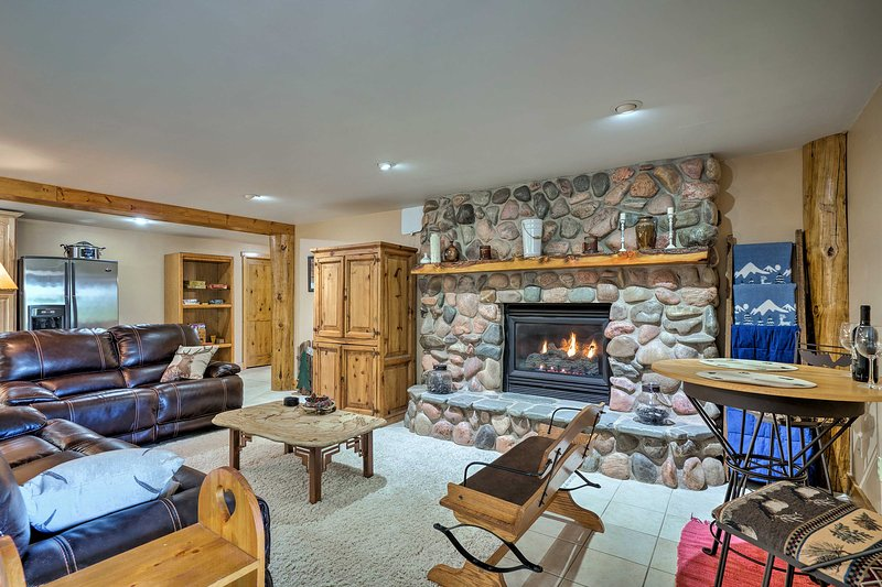 Spacious Black Forest Apt. 11 Mi from USAFA!, vacation rental in Black Forest