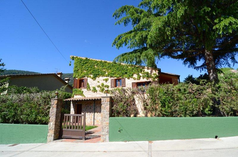 CASA TERESA, holiday rental in Terrades