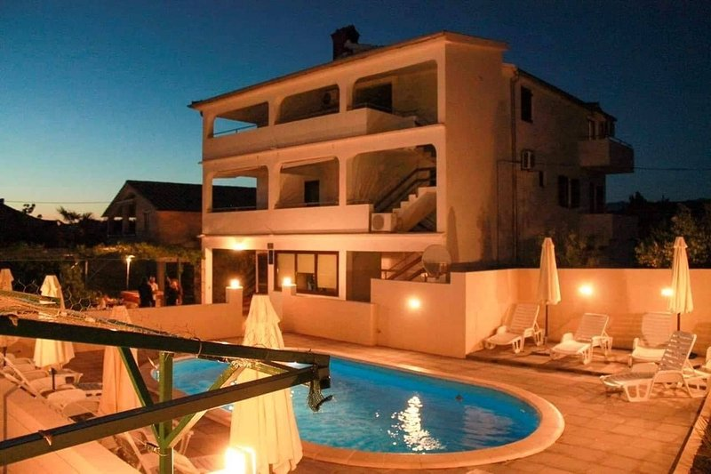 Nenad - with pool; A2(4+2) - Vrsi, holiday rental in Vrsi