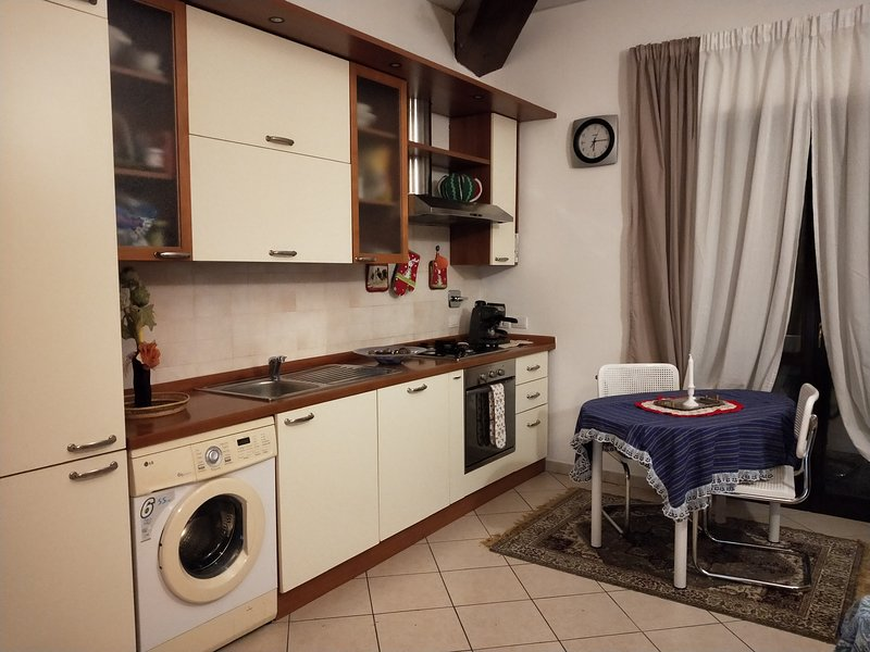 Nice apartment with balcony, holiday rental in Bivigliano