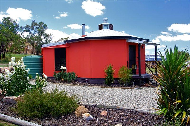Zuny  Yurt, holiday rental in Liston