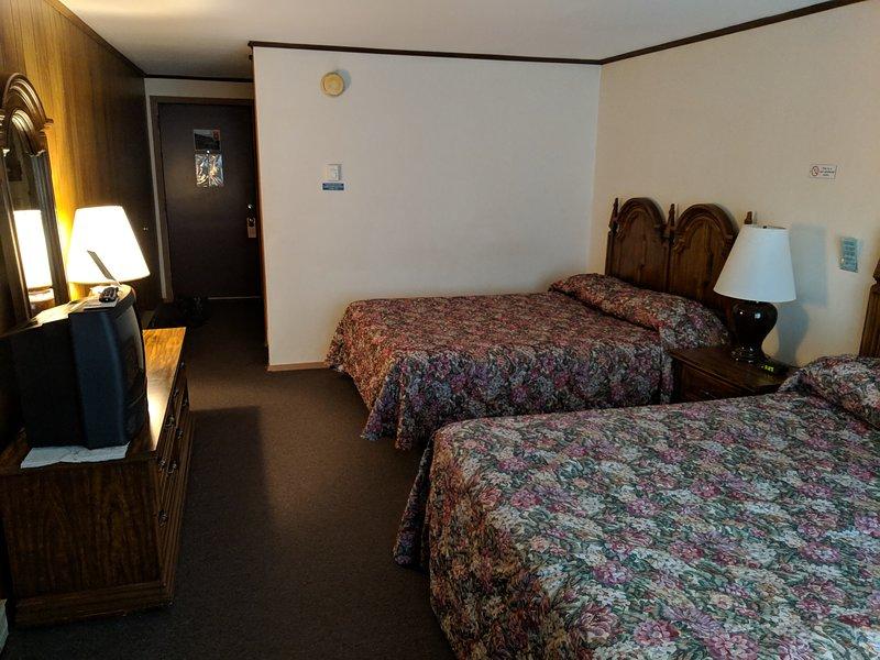 Camera da letto, Ambientazione interna, Camera, Mobilio, Letto