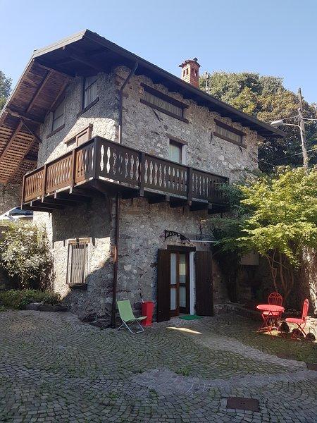 Villa singola ex dependance del Castello, cortile interno esclusivo per gli ospiti