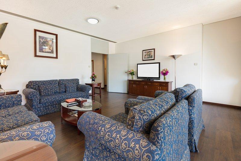 3 Bedroom Duplex Apartment at Olaya Street, alquiler de vacaciones en Riyadh Province