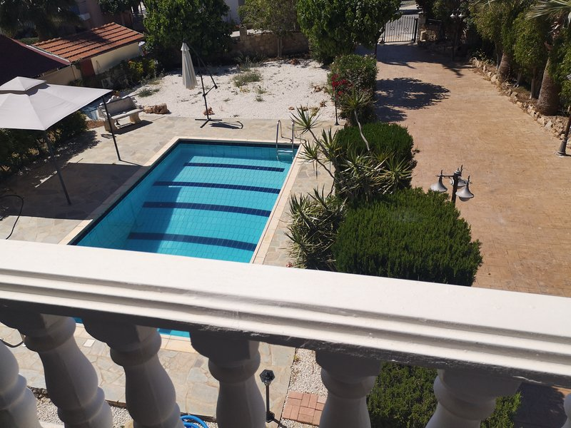Alex Villa, vacation rental in Peyia