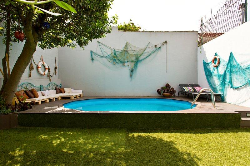 Glamours beach house - near Oporto, casa vacanza a Vila do Conde