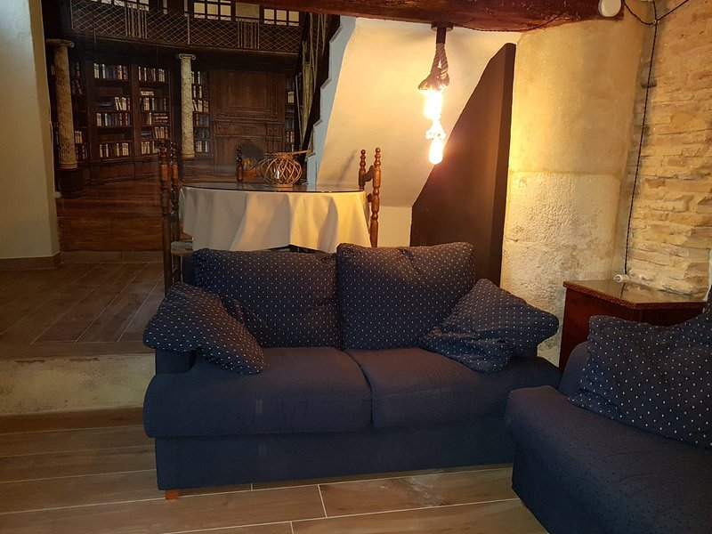 Spacious house with balcony & Wifi, holiday rental in Bocairente