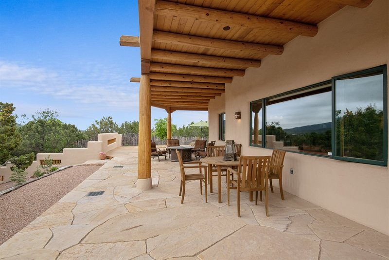 Cielo Lindo - Secluded Southwestern Retreat Within Minutes of Downtown, location de vacances à Tesuque