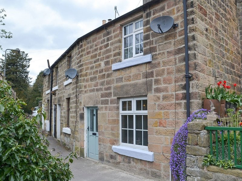 Blue Sky Cottage, holiday rental in Tansley