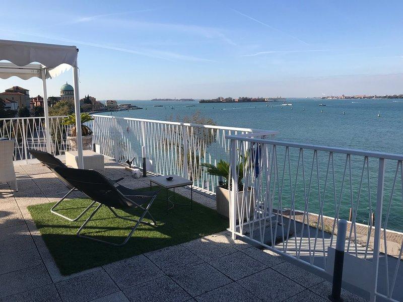 OASIS Golden Lagoon Chalet, holiday rental in Lido di Venezia