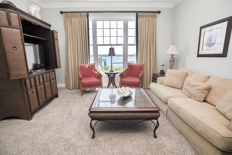 Reflections at Bay Point 503, holiday rental in Highland City