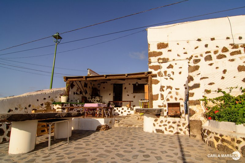 CASA RUSTICA, holiday rental in Tinajo