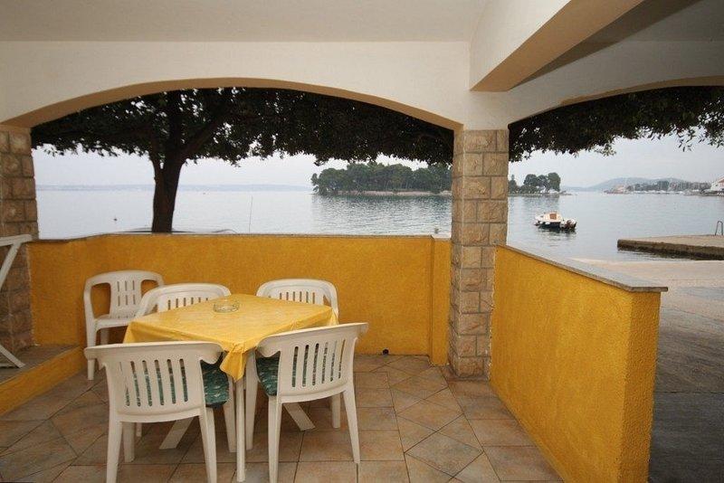 Kostarina A3(2+1) - Preko, holiday rental in Preko