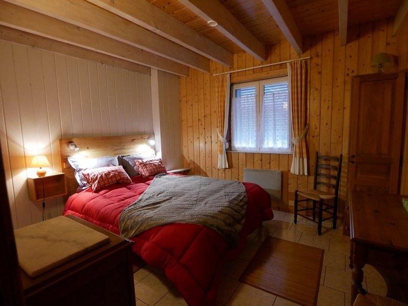 Le Bocage studio 4 personnes avec petit-déjeuner, vacation rental in Englancourt