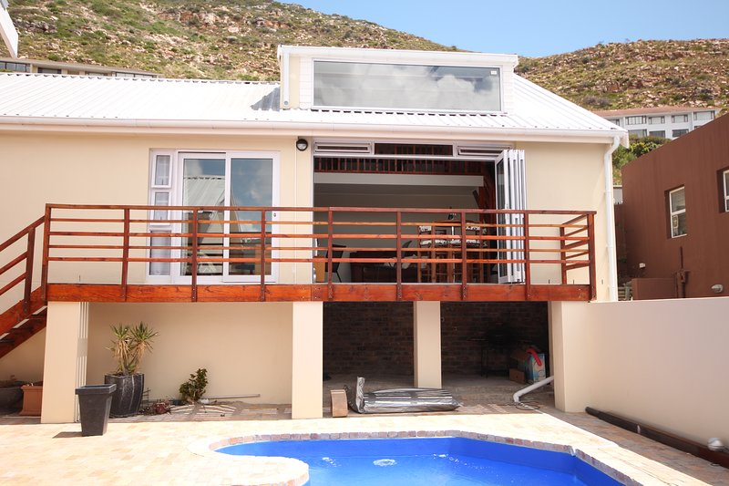 Lofty-Limin (Self catering accomodation), holiday rental in Fish Hoek