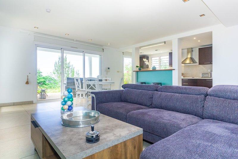 Agates - belle villa 6 personnes avec vue mer à Bellepierre, holiday rental in Saint-Denis