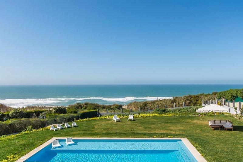 Praia das Macas Villa Sleeps 10 with Pool and Air Con - 5794097, alquiler vacacional en Praia das Macas