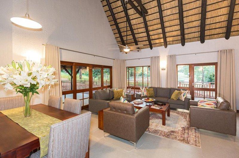 Kruger Park Lodge Unit No. 611, location de vacances à Hazyview