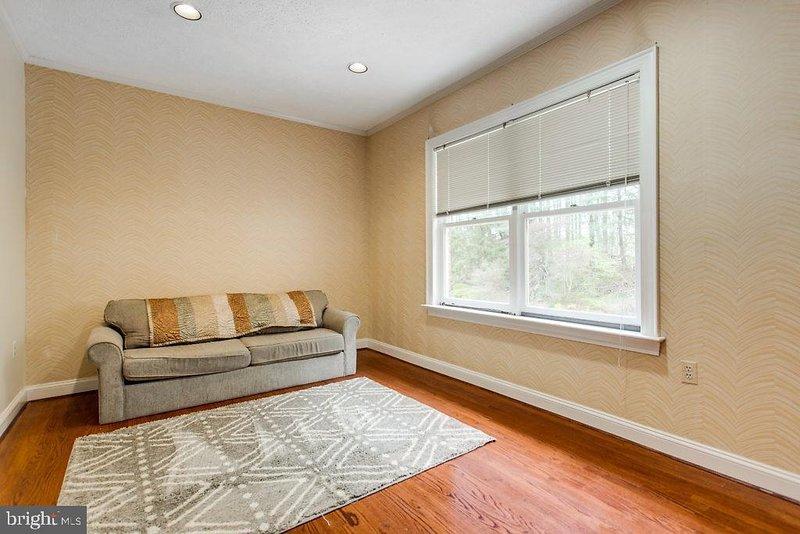Bedroom 6. Sleeper sofa.
