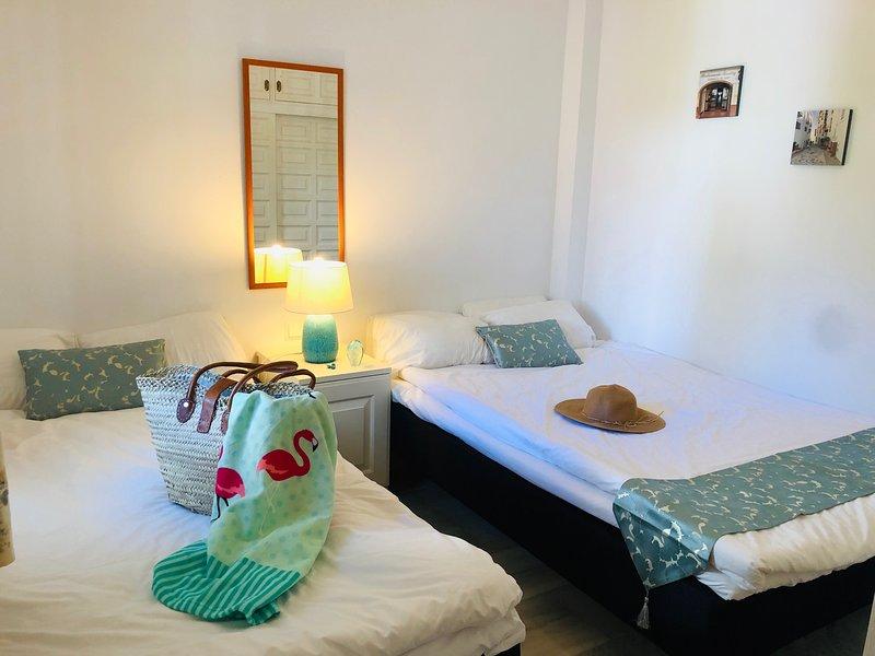 Bedroom 2 (140 and 120 cm wide beds)