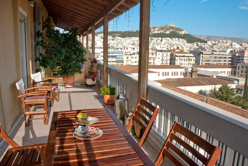Exclusive terrace overlooking the park of the National Archaeological Museum