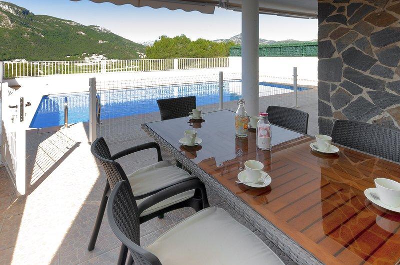 TOMILLO - Villa for 8 people in URB. Santa Marta, Gandia, aluguéis de temporada em Marxuquera