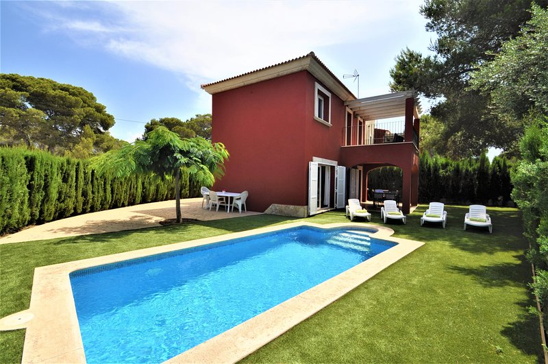 Calendar 2021 Opened- VILLA ALBENIZ . Villa in Cala Pi. Private pool. Children w, vacation rental in Cala Pi