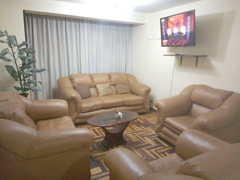 Alquiler departamento Amoblado Aqp, vacation rental in Arequipa