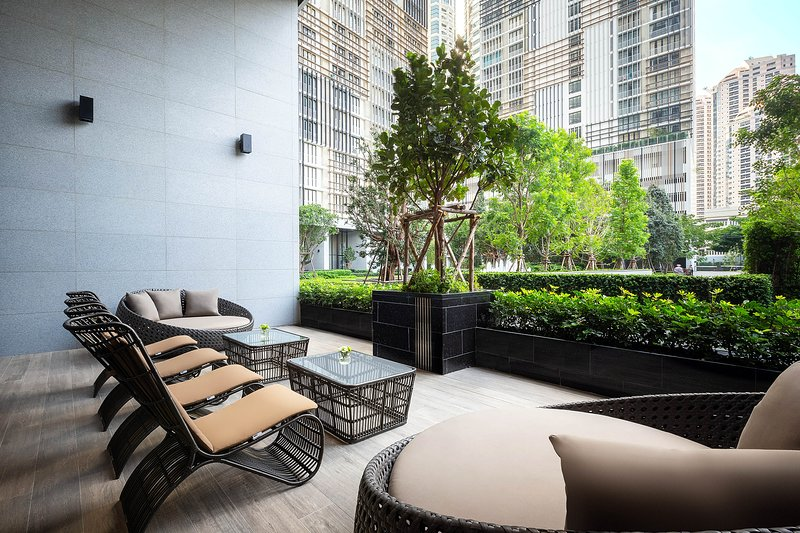 The Park at EM District Managed by The Ascott -Two-Bedroom Executive II, vakantiewoning in Bangkok