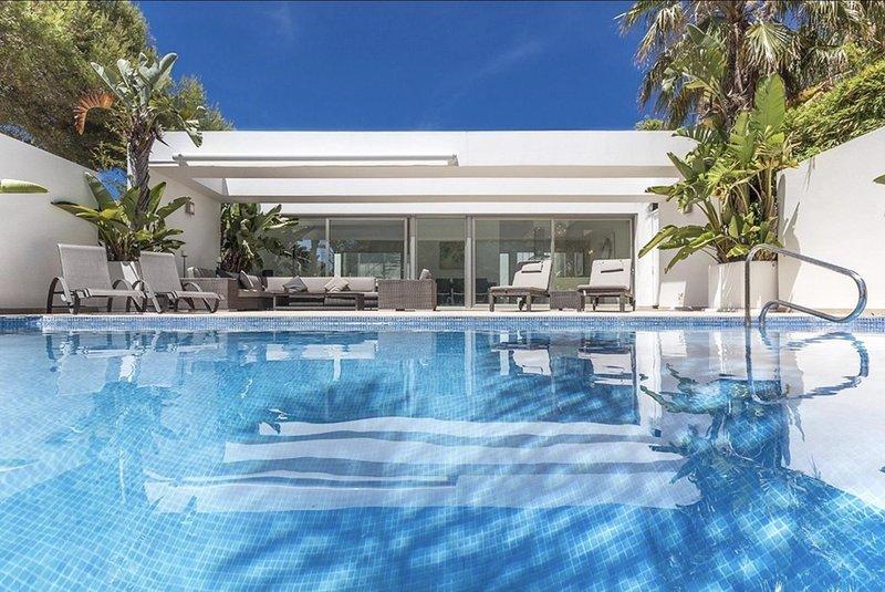 Casa Elche 6 pax, vacation rental in El Tosalet
