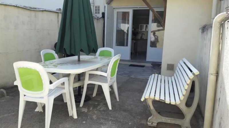 Nice house with garden & terrace, vacation rental in Meschers-sur-Gironde