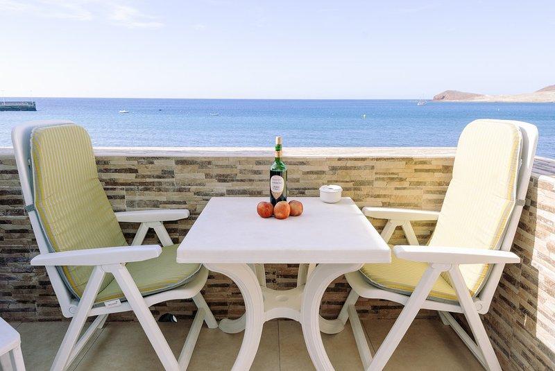 Apartamento con balcón y vistas al mar, alquiler de vacaciones en El Médano