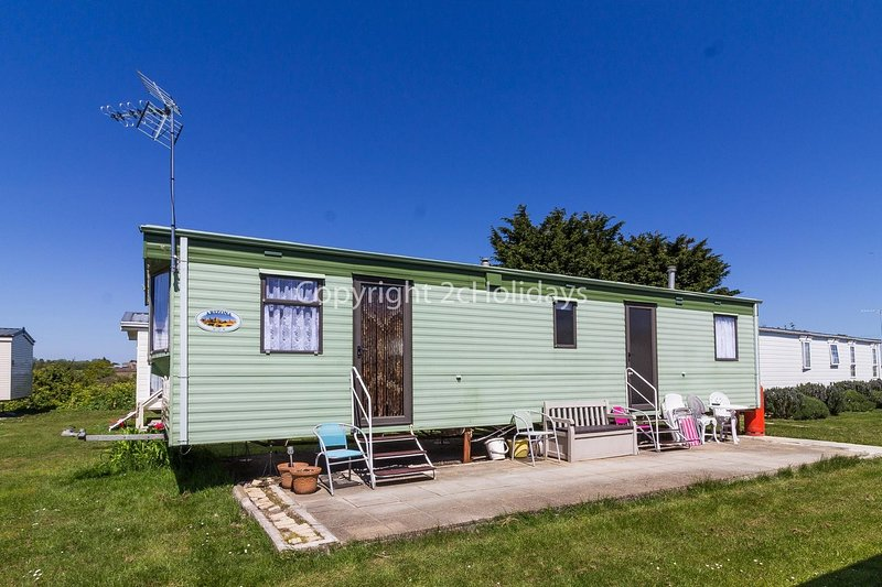 Homely 8 berth caravan for hire at St Osyth, near Clacton-on-Sea ref 28081FV, location de vacances à Clacton-on-Sea