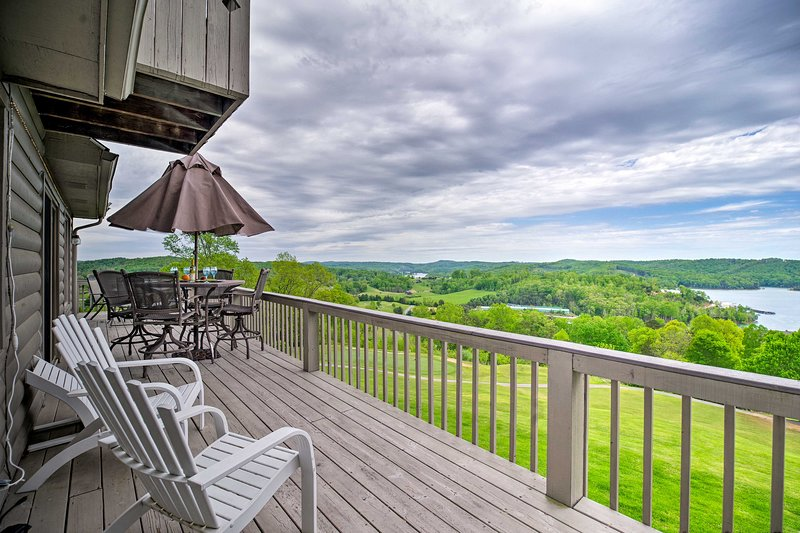 Take in views of Norris Lake from the private deck of this LaFollette condo.