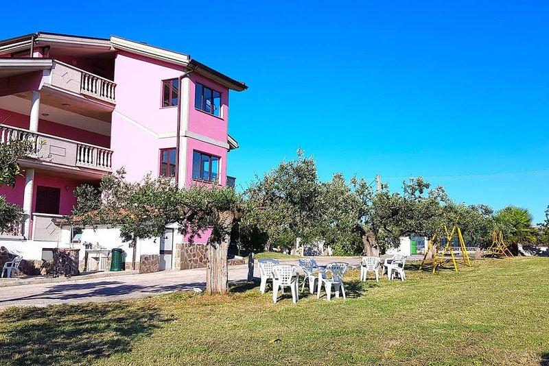 Casa Villa Rita - Appartamento 'G' - Vasto P.Penna, holiday rental in Genova-Rulli