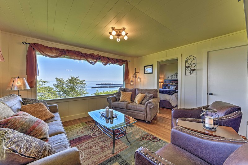 Experience Port Angeles from the comfort of this vacation rental!