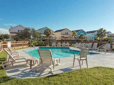 Pleasure Isle Villas 30B- Stay Here and Save Money! Great Weather~ Amazing Fall, holiday rental in Bon Secour
