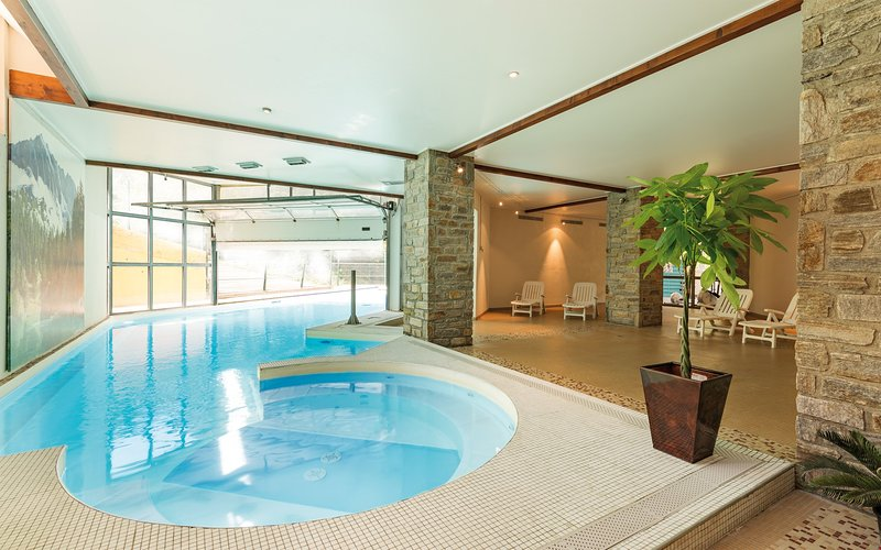 After a day on the mountain, take a dip in the indoor swimming pool.