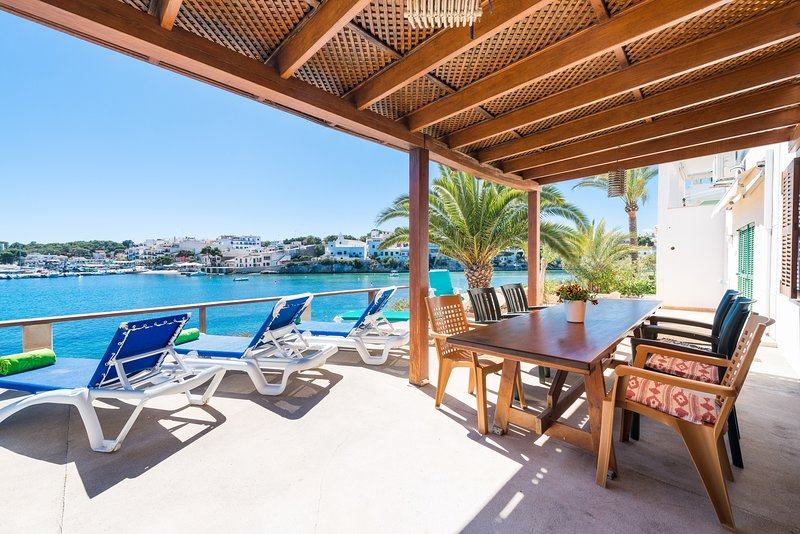 CASA MICHAELA - Chalet for 12 people in Portopetro, holiday rental in Cala Mondrago