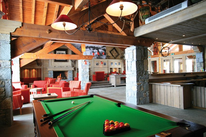 Play a game of pool right on-site!