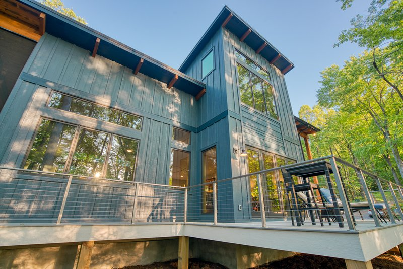 ESCAPE to the Fresh Air at Rumbling Ridge, vacation rental in Saluda