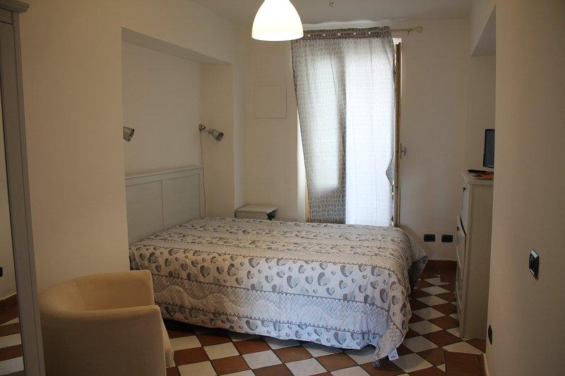 Le Stanze della Ciambra - Casa Aurora, holiday rental in Pioppo