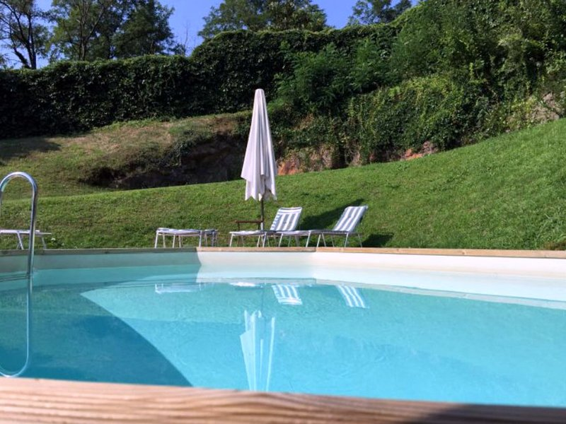 San Siro Villa Sleeps 6 with Pool Air Con and WiFi - 5248339, aluguéis de temporada em Santa Maria di San Siro