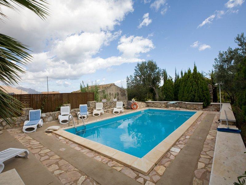 Bagni di Tabiano Villa Sleeps 10 with Pool and WiFi - 5343684, holiday rental in Calestano