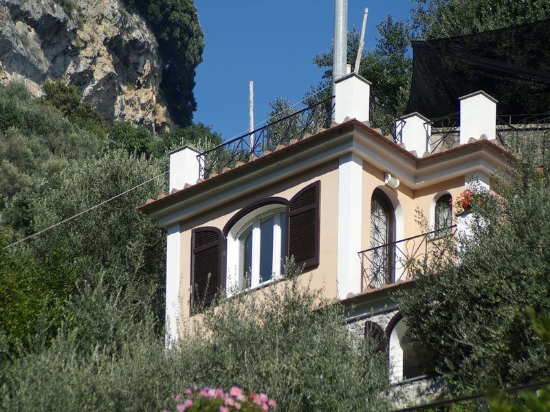 Castiglione Apartment Sleeps 2 with Pool and WiFi - 5248265, holiday rental in Castiglione