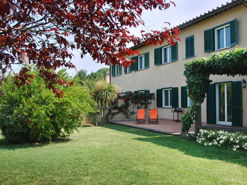 Berardelli Villa Sleeps 16 with Pool and WiFi - 5248394, location de vacances à Poggiolo