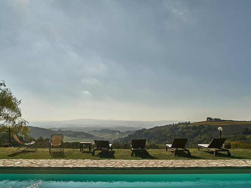 Fiano Villa Sleeps 10 with Pool Air Con and WiFi - 5247578, holiday rental in Trecento