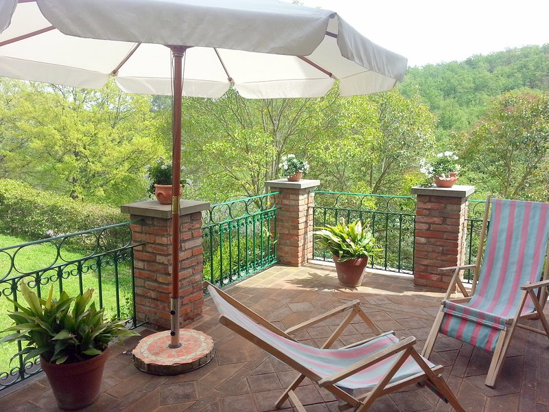San Lorenzo Villa Sleeps 8 with Pool and WiFi - 5247508, vacation rental in Montegabbione