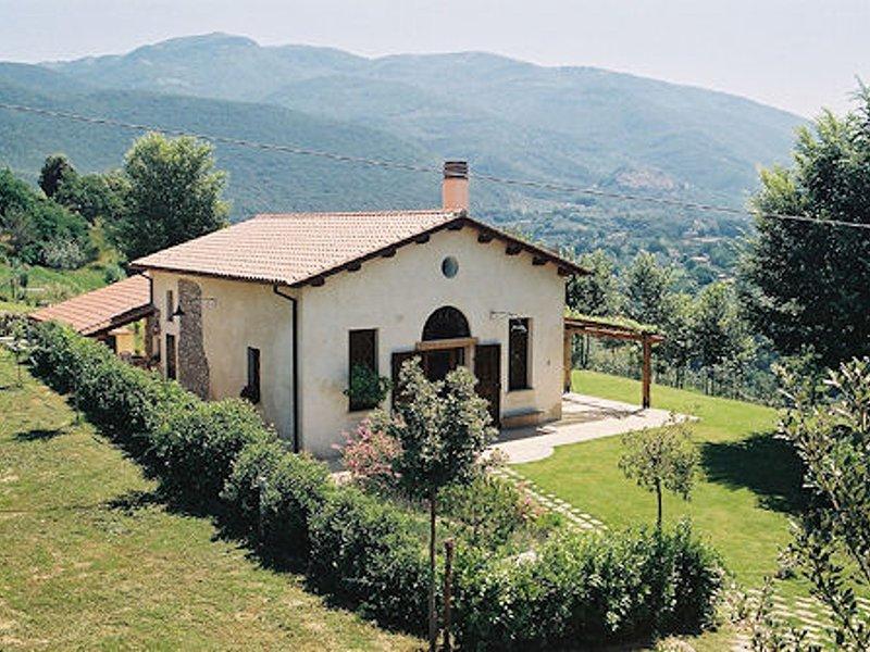 Rieti Villa Sleeps 5 with Pool Air Con and WiFi - 5248423, holiday rental in Greccio